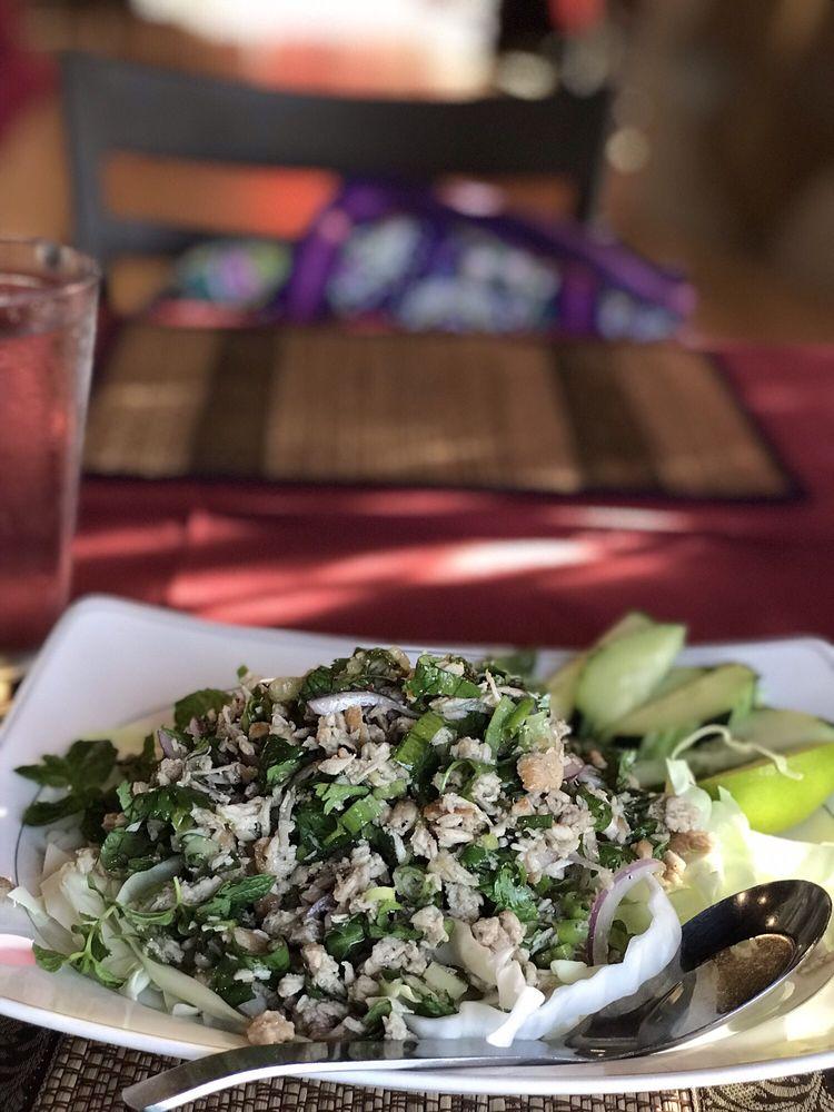 Thai Gourmet: 10555 W Indian School Rd, Avondale, AZ