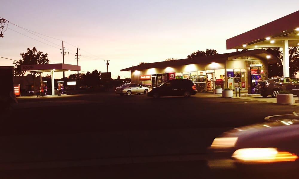 Exxon: 3603 Sonoma Blvd, Vallejo, CA