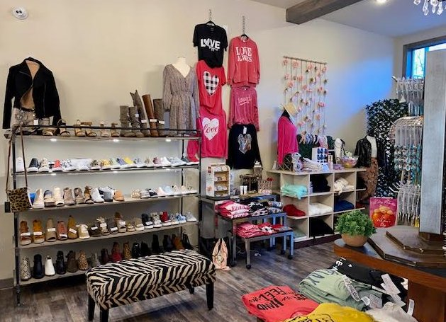 Marlene's Sass & Class Boutique: 212 Main St, Sulphur Springs, TX