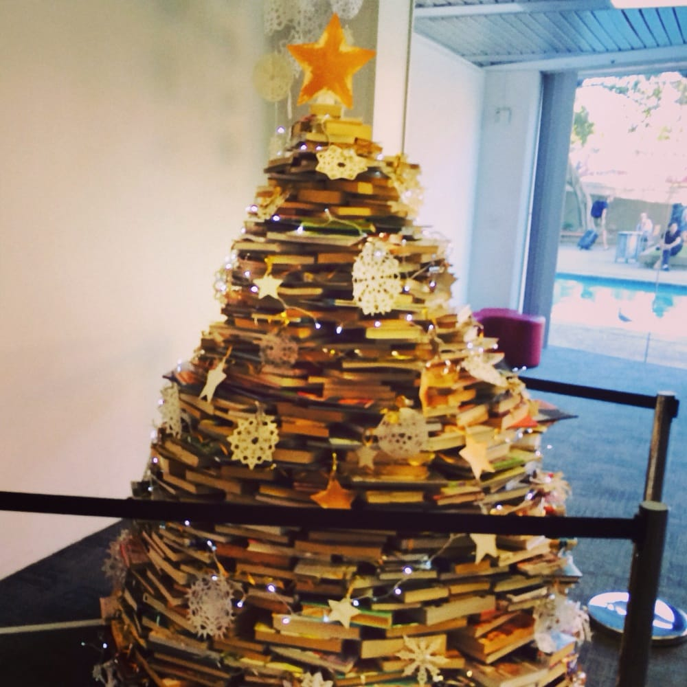 Christmas In Australia Book.Book Christmas Tree Yelp