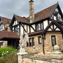Punderson lodge wedding venues
