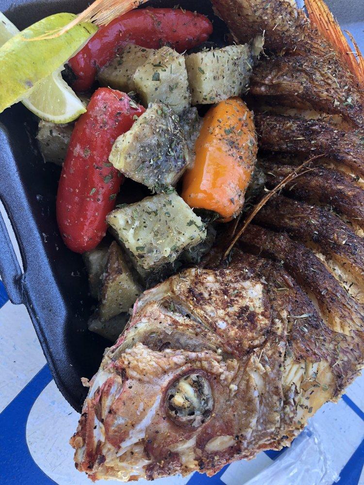 Shorebreak Foodies: Playa Puerto Nuevo, Playa Puerto Nuevo, PR