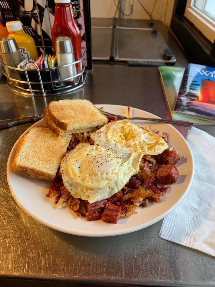 S & J Cafe: 113 S Main St, Oconomowoc, WI
