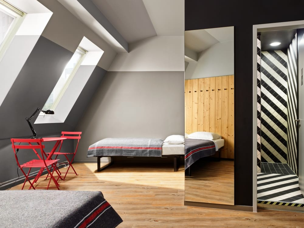 generator berlin mitte 64 fotos 23 beitr ge hostel jugendherberge oranienburger str. Black Bedroom Furniture Sets. Home Design Ideas