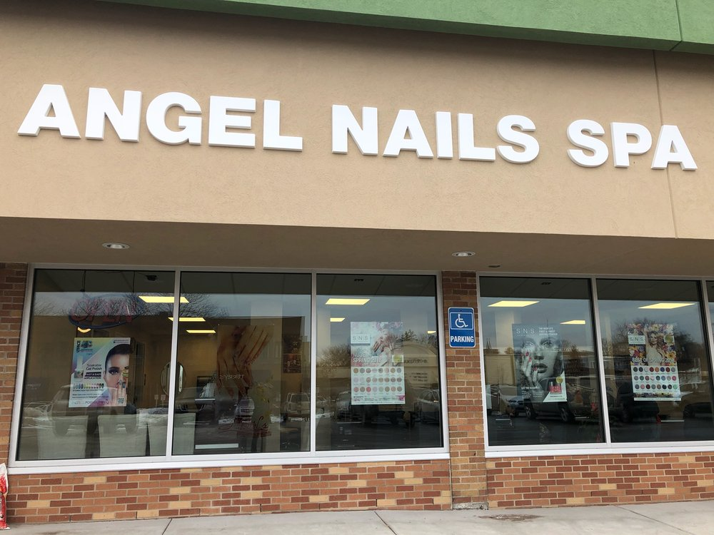 Angel Nails Spa: 104 Antrim St, Charlevoix, MI
