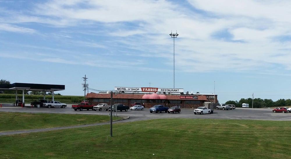 Farris Truck Stop: 1303 Grand Dd SE, Faucett, MO