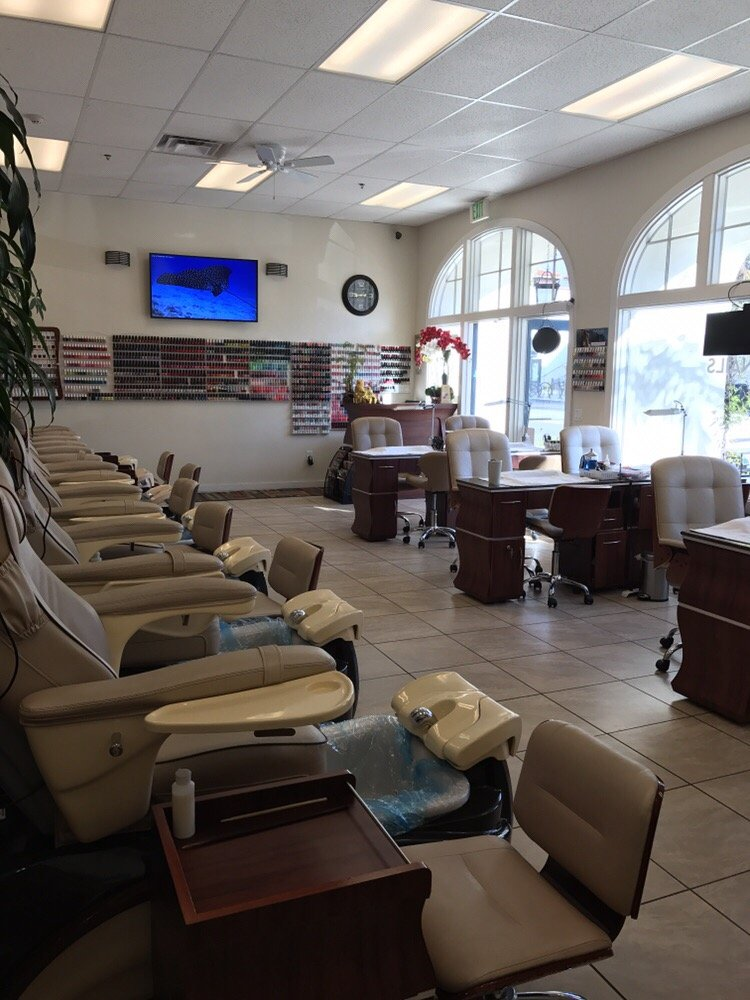 Lux nails spa - Yelp