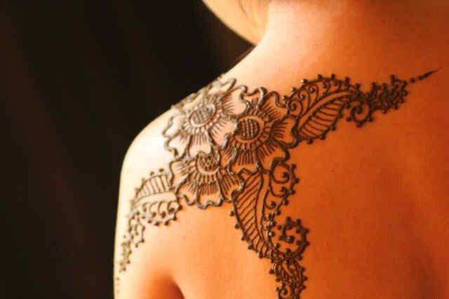 Henna Tattoo Miami : Eyebrow threading and henna tattoo closed photos