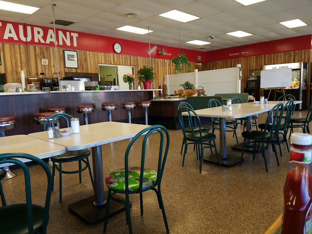 360 Diner: 11201 Patrick Henry Hwy, Amelia Court House, VA