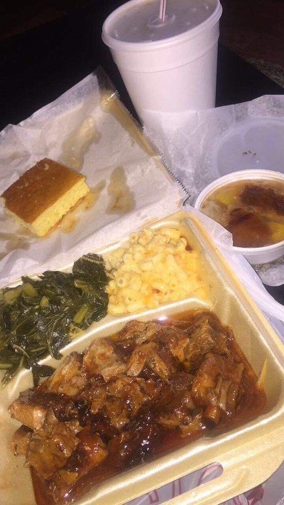 Walters Original Soulfood Cafe: 4641 Flat Shoals Rd, Union City, GA