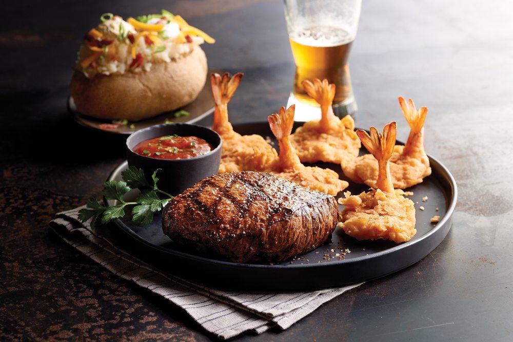 Saltgrass Steak House: 5030 N Desert Blvd, El Paso, TX