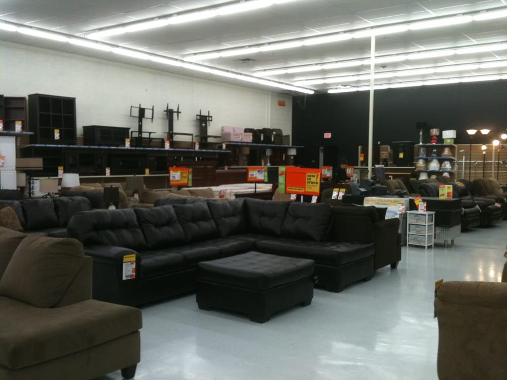 Big lots closed department stores 1277 n cherry st for Furniture 7 phone number