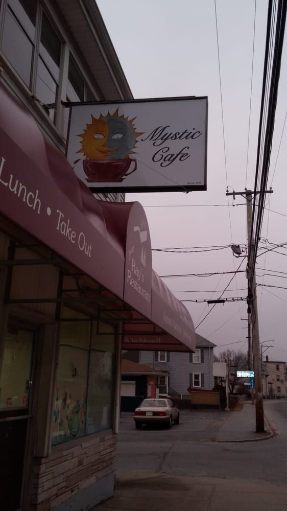 Mystic Cafe: 398 Main St, Fairhaven, MA