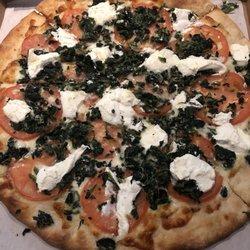 Hometown pizza litchfield ct