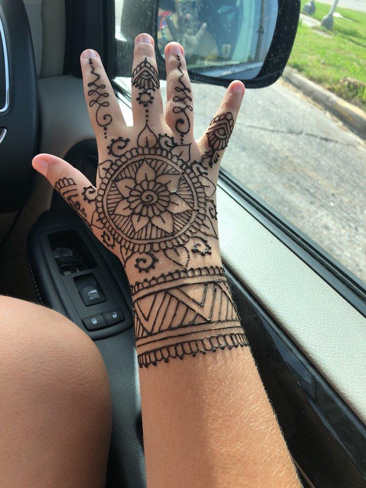 Empyreal Henna: 2304 Strand St, Galveston, TX
