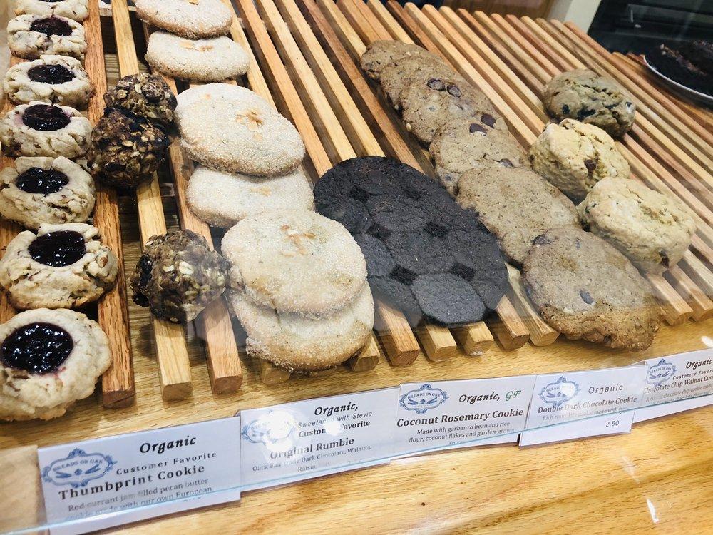Breads on Oak Cafe & Bakery
