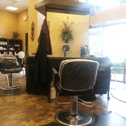 New attitudes beauty salon parrucchieri 131 quarter for A new attitude salon
