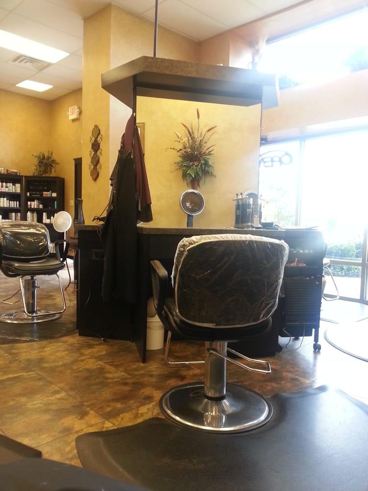 New attitudes beauty salon hair salons 131 quarter for A new attitude salon