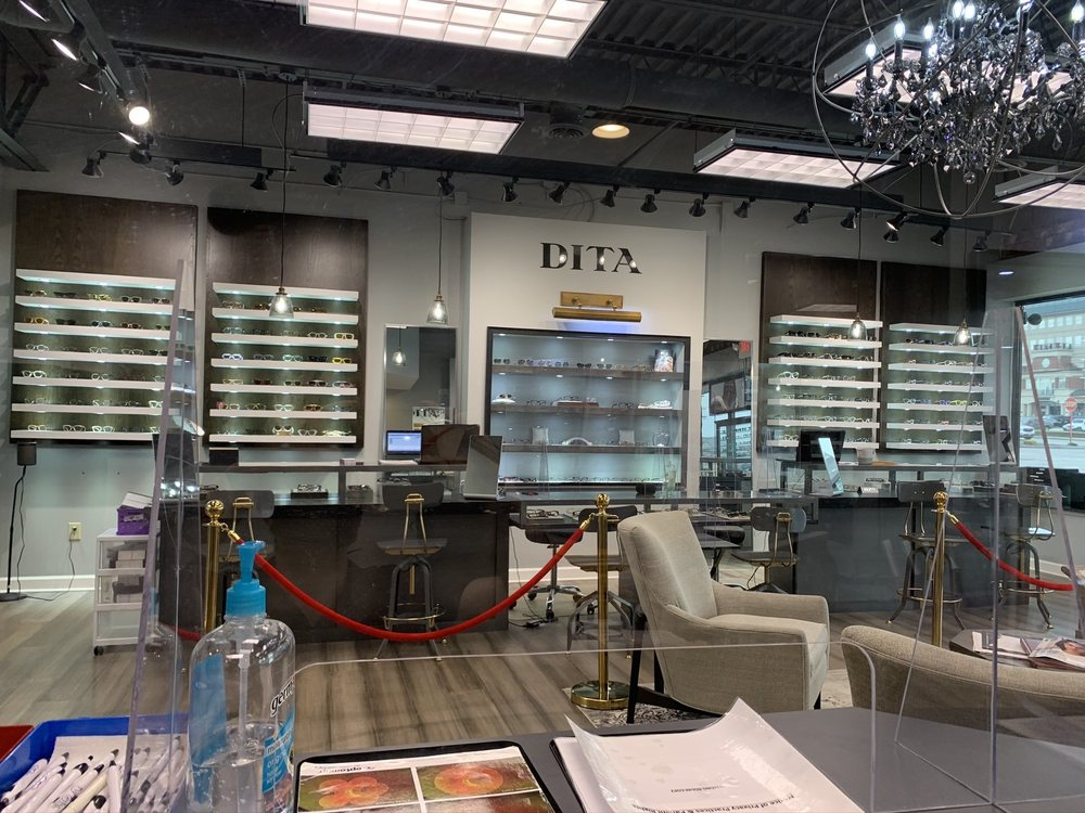 Eyes on Chagrin: 28700 Chagrin Blvd, Woodmere, OH
