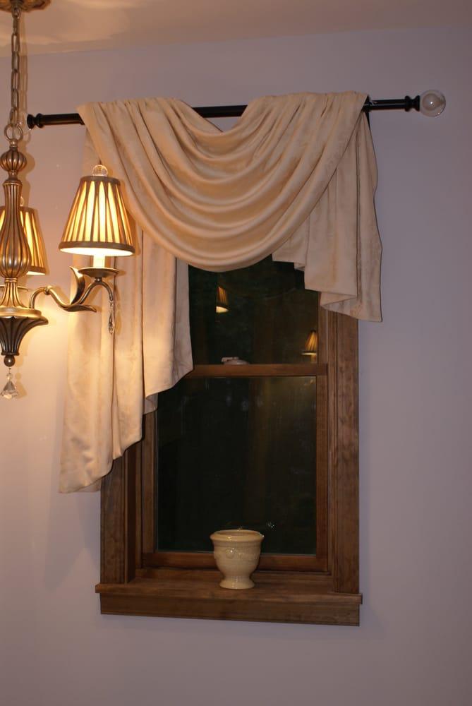 Ellen Kerz Interiors: 1124 Laurel Pine Rd Rt 390, Mountainhome, PA