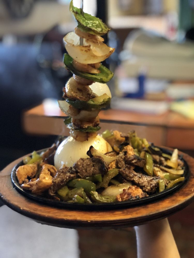 Los Compadres Mexican Restaurant: 1116 E 16th Ave, Cordele, GA