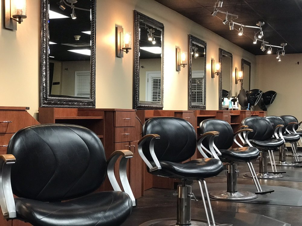 Angela's Salon: 5403 MacCorkle Ave SE, Charleston, WV