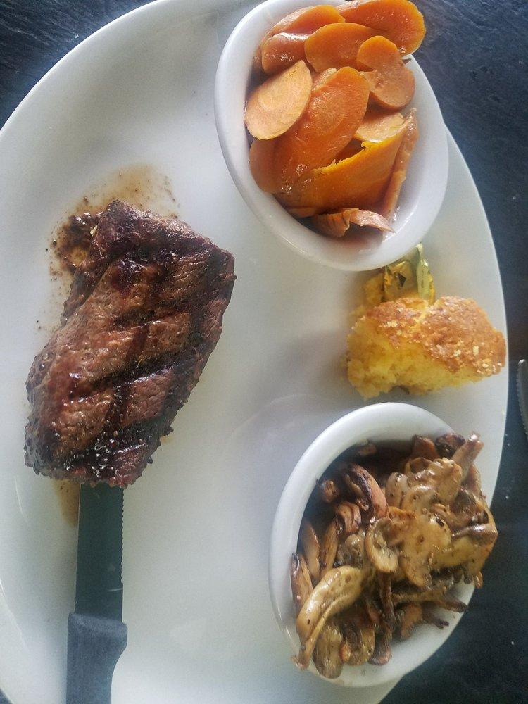 Green Shutters Restaurant: 706 W Noble Ave, Williston, FL