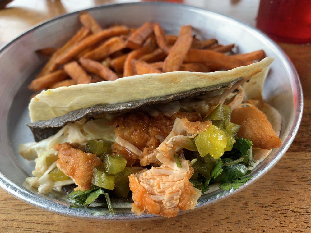 Taco Mamacita: 109 N Market St, Chattanooga, TN