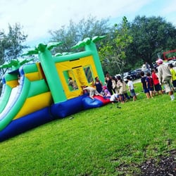 123 party rentals festudlejning hollywood fl usa for Hollywood mansion party rental