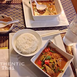 Malinee s thai house 48 photos 42 reviews thai 300 for Asian cuisine oshawa