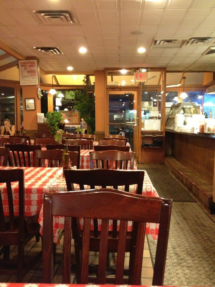 Uncle george s greek tavern closed 22 photos 97 for Astoria greek cuisine