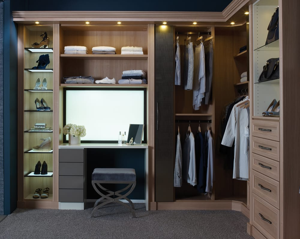 Women S Closet In Umbrian Oak Lago Finish With Led Lit Shelving Yelp