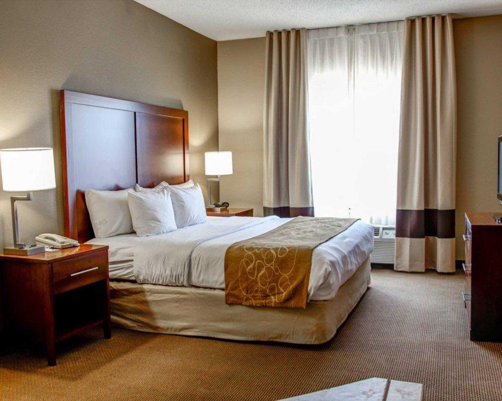 Comfort Suites Gadsden Attalla: 96 Walker St, Gadsden, AL