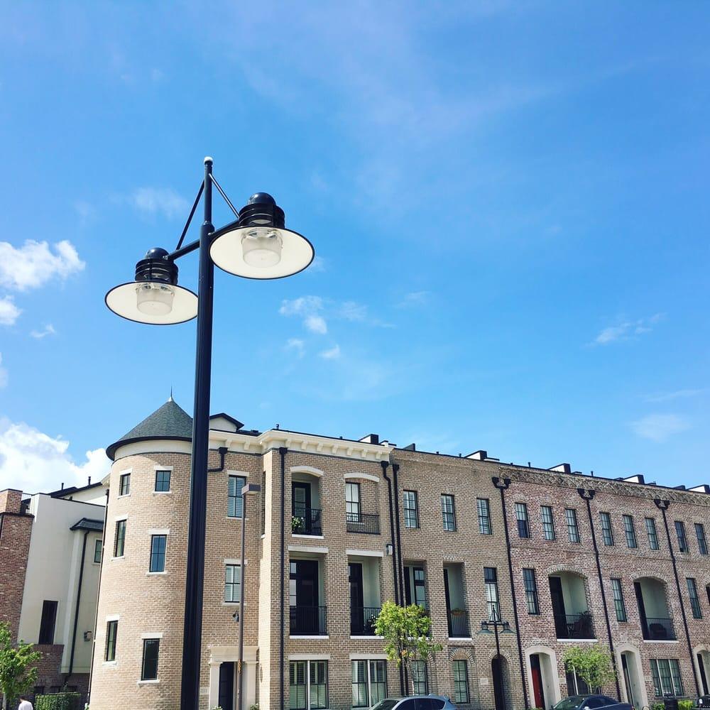 Pretty Apartments Near The Market