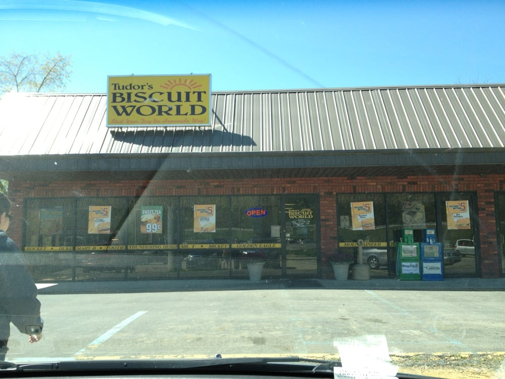 Photo of Tudor's Biscuit World: Milton, WV