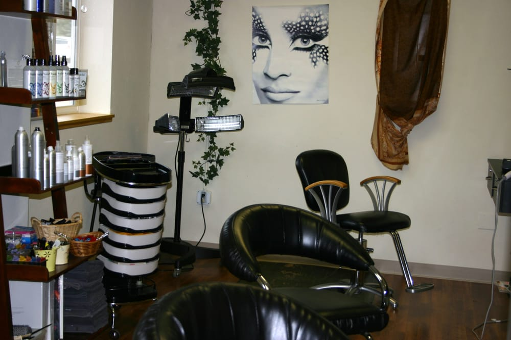 A Sanctuary Spa & Salon: 51241 Hwy 6 & 24, Glenwood Springs, CO