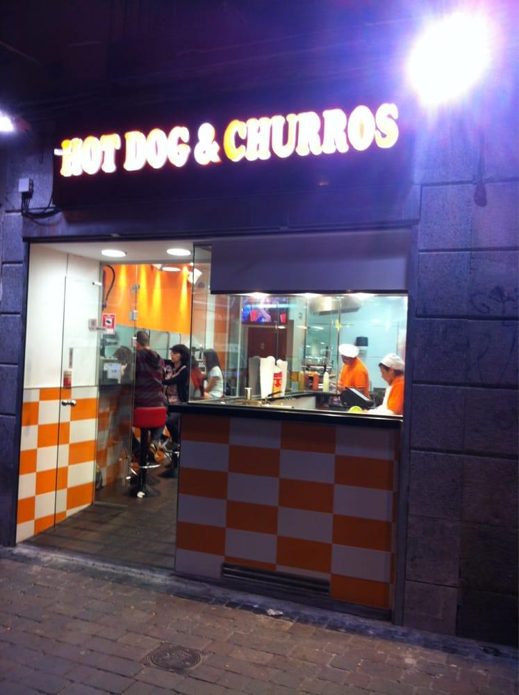 Hot dog churros chiuso hot dog plaza de tirso de for Casa granada tirso de molina