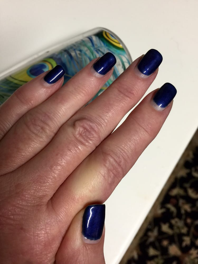 My gel manicure 3 1/2 weeks later! I even went to a zip line ...