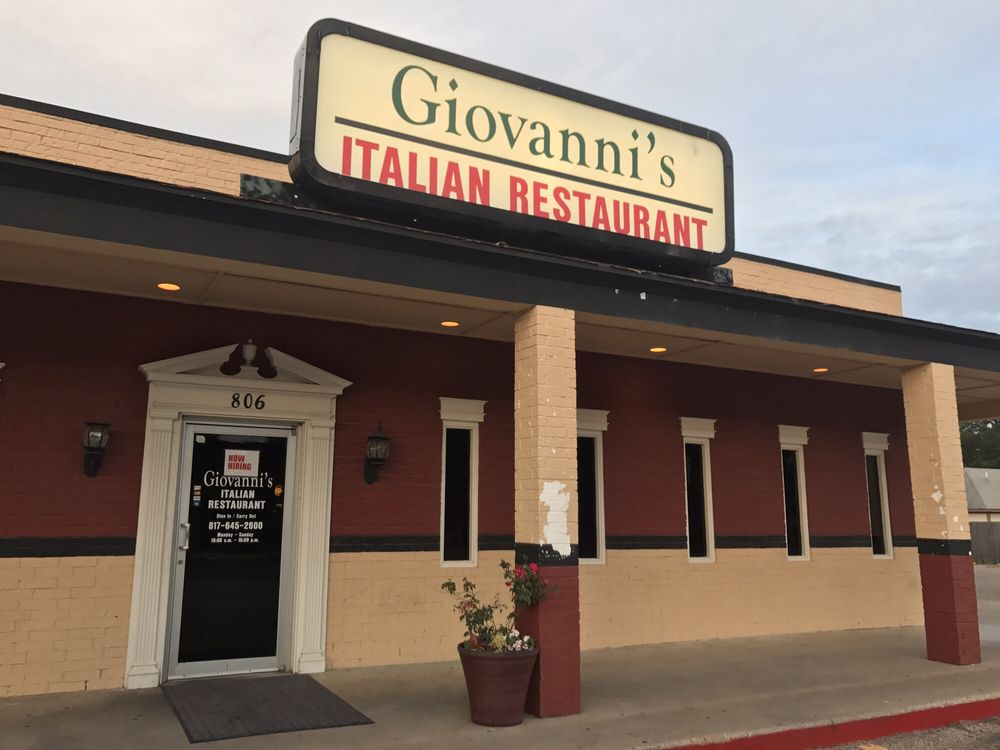 Giovanni's Italian Restaurant: 806 N Main St, Cleburne, TX