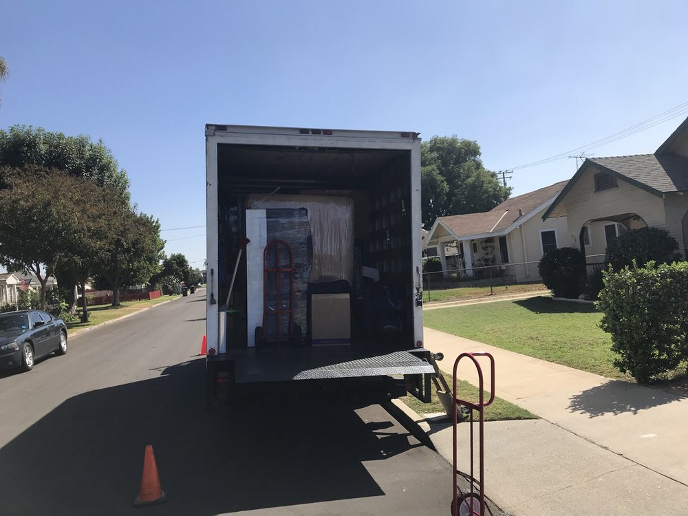 West Covina Movers: 1714 W Roseway St, West Covina, CA