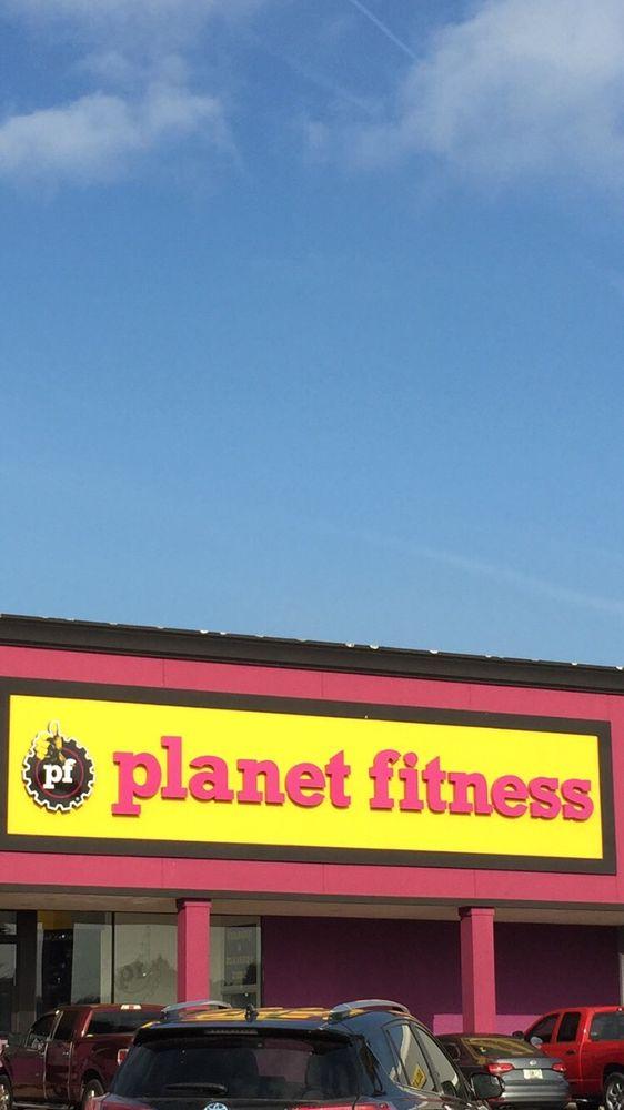 Planet Fitness - Auburndale, FL: 368 Havendale Blvd, Auburndale, FL