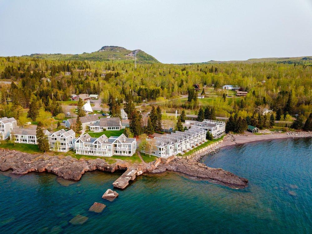 Bluefin Bay on Lake Superior: 7192 W Hwy 61, Tofte, MN