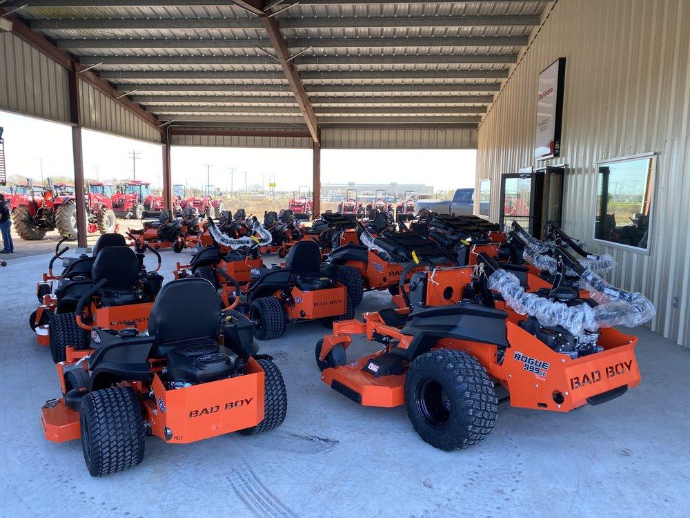 Diamond B Tractors & Equipment: 16125 Fm 624, Robstown, TX