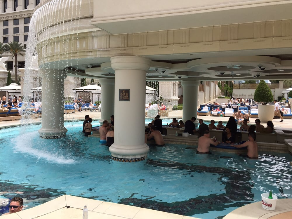 Who knew you could play blackjack in your swim trunks yelp for Garden of gods pool oasis