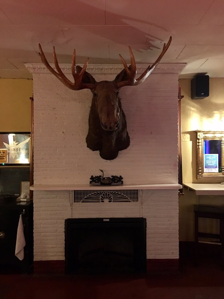 Whitehorse Tavern: 304 N Olympic Ave, Arlington, WA