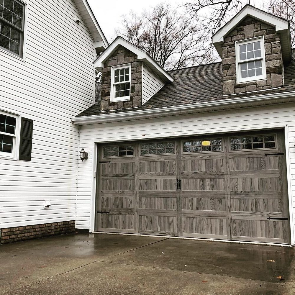 Sierra Garage Door: Shelby Township, MI