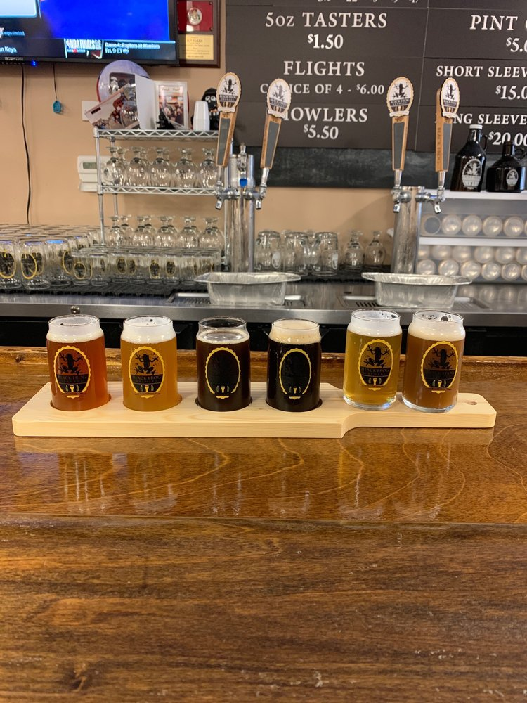 Black Frog Brewery: 831 S McCord Rd, Holland, OH