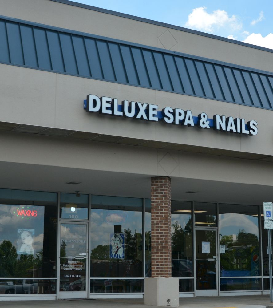 Deluxe Spa & Nails: 160 Westwood Village Dr, Clemmons, NC