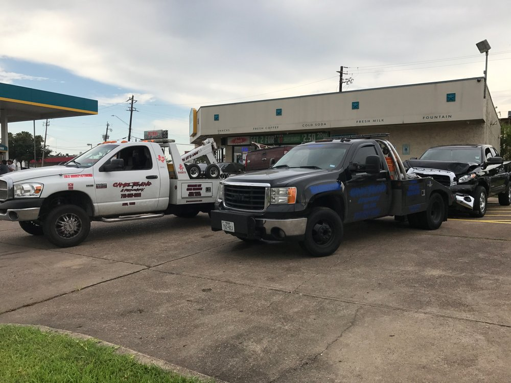 Camel Towing & Recovery: 1100 Fox Meadow Dr, Alvin, TX