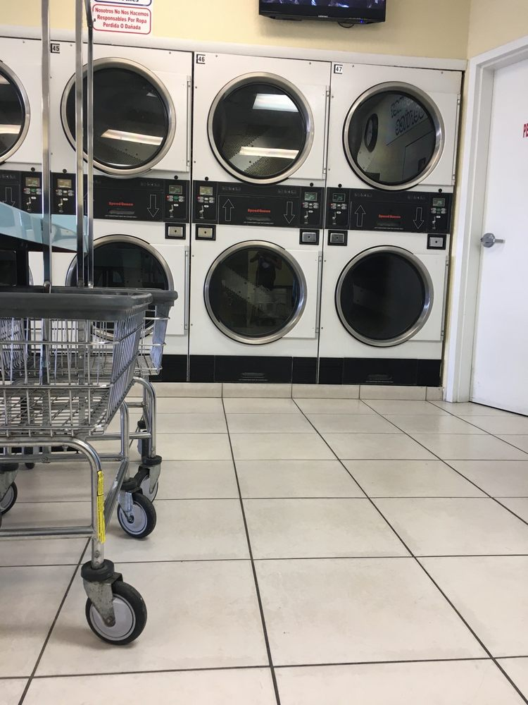 D-Jennis Coin Laundry: 7888 NW 52nd St, Doral, FL